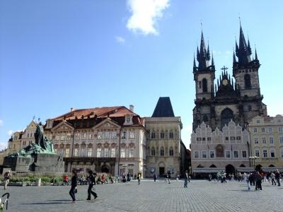 soku_21043.jpg :: プラハ ヴァーツラフ広場 ティーン教会 建築 建造物 歴史的建造物 外国