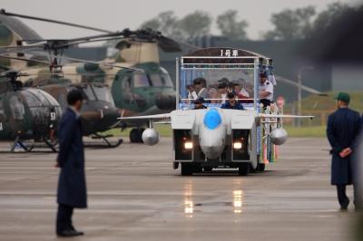soku_21050.jpg :: 平成24年度小松基地航空祭 F.15DJ 飛行機 ヒコーキが足りない by KMQ