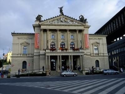 soku_21065.jpg :: プラハ国立歌劇場 建築 建造物 歴史的建造物 外国