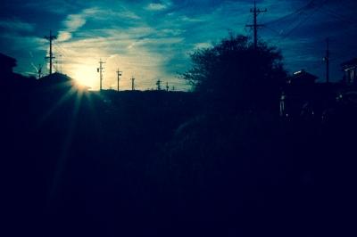 soku_21673.jpg :: 風景 自然 空 夕日 夕焼け 日没 トイカメラ風