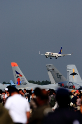 soku_21897.jpg :: 平成24年度百里基地航空祭 B737 T.4 F/A.18D 飛行機 ヒコーキが足りない by IBR