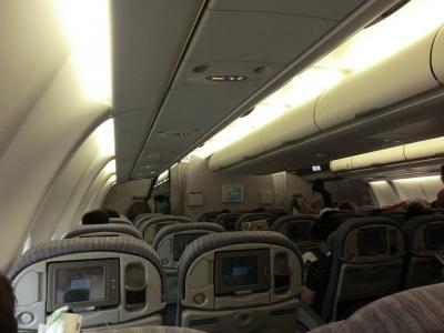 soku_21898.jpg :: 乗り物 交通 航空機 飛行機 旅客機 機内 エコノミークラス