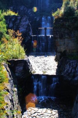 soku_22216.jpg :: 風景 自然 滝 砂防ダム 逆光