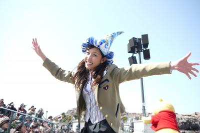 soku_22329.jpg :: 遊園地 テーマパーク ディズニーランド ダンサー 人物 女性 若い女性 美人
