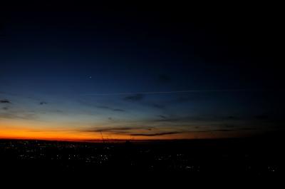 soku_22986.jpg :: 風景 自然 空 朝焼け 飛行機雲