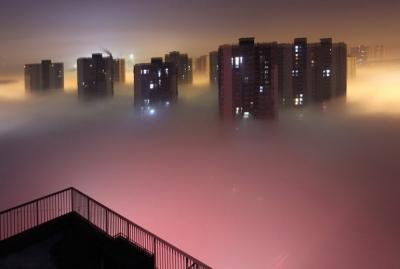 soku_24262.jpg :: 風景 街並み 都市の風景 霧