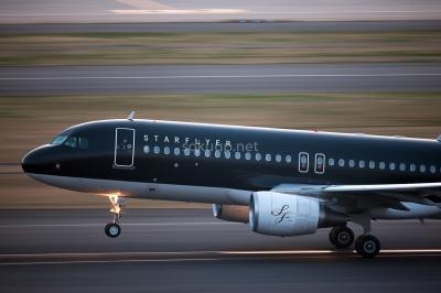 soku_25233.jpg :: 乗り物 交通 航空機 飛行機 旅客機 流し撮り