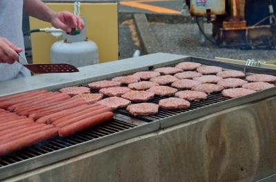 soku_25943.jpg :: 食べ物 肉 横須賀 米海軍横須賀基地 フレンドシップデー