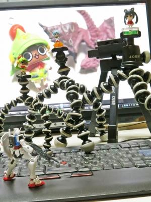 soku_26086.jpg :: PowerShotG15 コンデジ埼玉 lock ガンダム モンハン アイルー リオレウス ブルマ ゴリラポッド velbon cube けいおん豚(笑) ThinkPad 突込みどころ満載