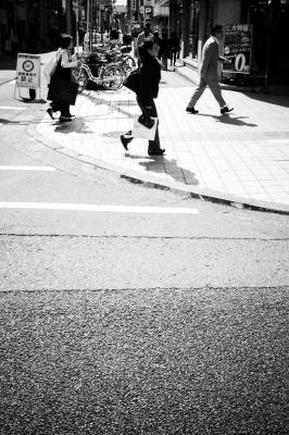 soku_26280.jpg :: 風景 街並み 都市の風景 モノクロ