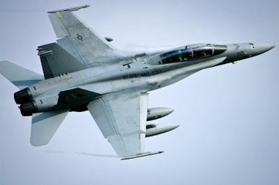 soku_26320.jpg :: 航空機 戦闘機 F/A.18 軍事 横田基地