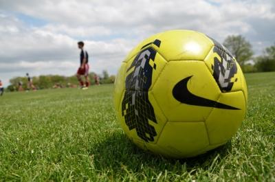 soku_26750.jpg :: 運動 スポーツ 球技 サッカー ボール ナイキ