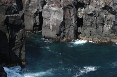 soku_27545.jpg :: 風景 自然 海 岩 崖