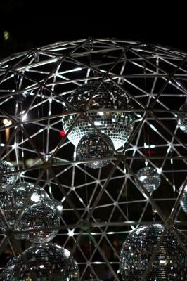 soku_27671.jpg :: ミラーボール 色 光 光線 ビーム