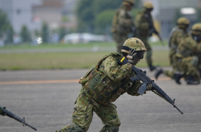soku_27807.jpg :: 陸上自衛隊 戦闘員 戦闘展示