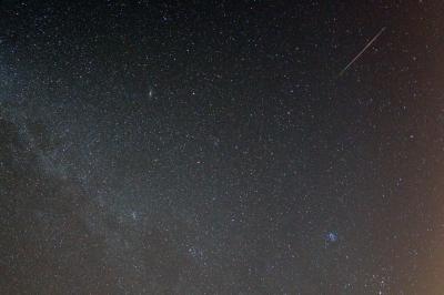 soku_28056.jpg :: 風景 自然 天体 流星 ペルセウス座流星群