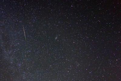 soku_28058.jpg :: 風景 自然 天体 流星 ペルセウス座流星群
