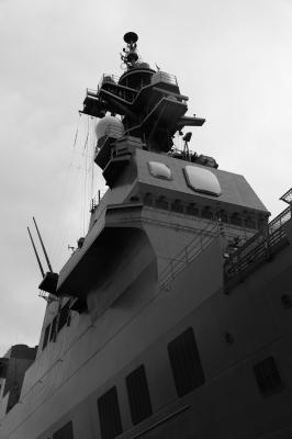 soku_28334.jpg :: 乗り物 交通 船 護衛艦 DDH.182 いせ ise 艦橋構造物 フェイズドアレイレーダー