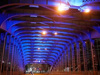 soku_28492.jpg :: 風景 街並み ランドマーク 橋 色 光 ライトアップ