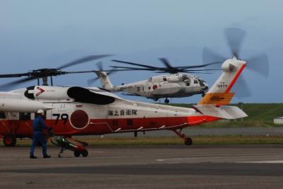 soku_28869.jpg :: UH.60J 救難ヘリ MH.53E 掃海・輸送ヘリ