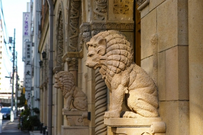 soku_29048.jpg :: 美術品 芸術 アート 彫刻 彫像 ライオン