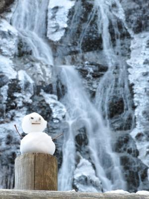soku_29432.jpg :: PowerShotG15 風景 自然 水分 コンデジ埼玉 lock 滝 丸神の滝 日本の滝100選 雪だるま