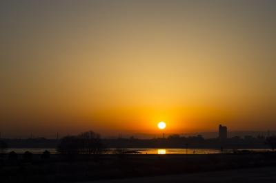 soku_29757.jpg :: 風景 自然 空 朝日 朝焼け 日の出