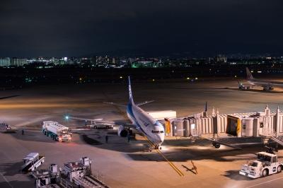 soku_29822.jpg :: 伊丹空港 ジェット機 夜景