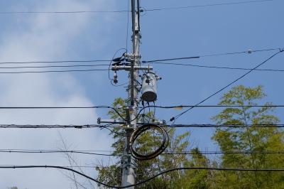 soku_30130.jpg :: 建築 建造物 電柱 電線 比較写真