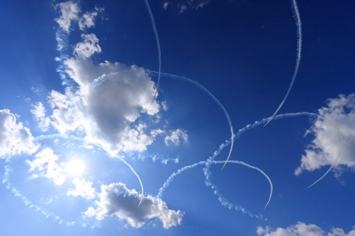 soku_30234.jpg :: ブルーインパルス T-4 サクラ 飛行機 ヒコーキが足りない by IBR