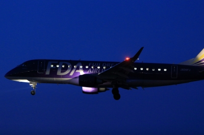 soku_30291.jpg :: FDA E.175 飛行機 ヒコーキが足りない by KIJ
