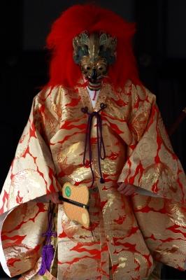 soku_30432.jpg :: 神楽 弥彦神社 大々神楽 陵王 by Niigata