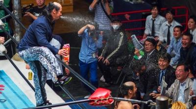 soku_30603.jpg :: プロレス 大日本 バラモン兄弟 聖水攻撃