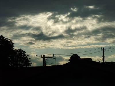 soku_30803.jpg :: 風景 自然 空 暗雲 色 光 光線 光芒