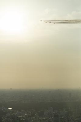 soku_30820.jpg ::  飛行機 ブルーインパルス T.4 東京上空
