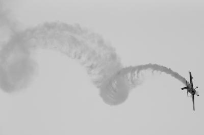 soku_30834.jpg :: 飛行機 ヒコーキが足りない by ふくしまスカイパーク モノクロ