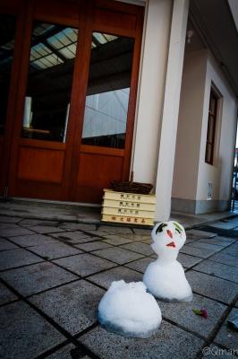 soku_30919.jpg :: 風景 街 商店街 雪 雪だるま フィギュア