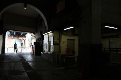 soku_31149.jpg :: 国道駅改札 乗り物 交通 建物 施設 駅