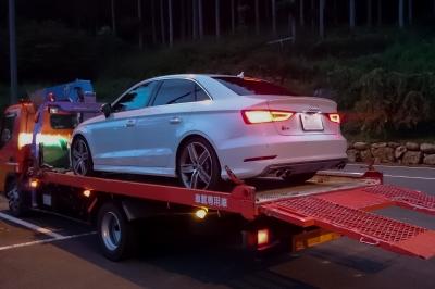 soku_31506.jpg :: 風景 郊外 車 ドライブ Audi S3 群馬県 ローダー車 搬送