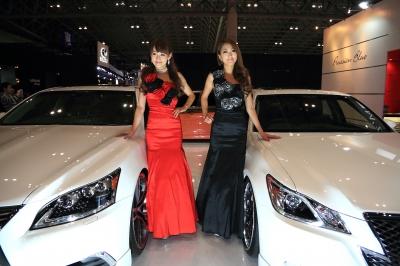 soku_31515.jpg :: 乗り物 交通 自動車 ラグジュアリー レクサス 人物 女性 コンパニオン モデル オートサロン