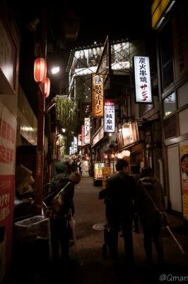 soku_32035.jpg :: 風景 街並み 都市の風景 路地裏 夜景