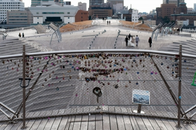 soku_32291.jpg :: 風景 横浜港大さん橋 ハートロック