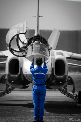 soku_32402.jpg :: ブルーインパルス クルー 人物 人 自衛官 練習機 T-4(中等練習機)