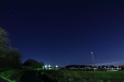 soku_32427.jpg :: 河原 田舎 星 オリオン座 風景 自然 天体 星座