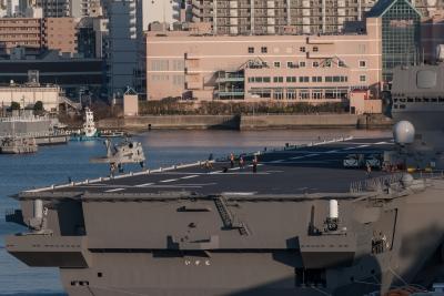 soku_32465.jpg :: 海上自衛隊 横須賀基地 逸見岸壁 DDH.183 いずも izumo SH.60K 哨戒ヘリ 着艦 初着艦 祝就役