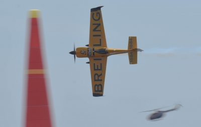 soku_32672.jpg :: 飛行機 航空機 レース RedBull レッドブル エアレース