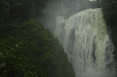 soku_32743.jpg :: 風景 自然 滝 マイナスイオン