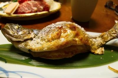soku_32745.jpg :: 食べ物 和食 焼魚 鮎 四万温泉