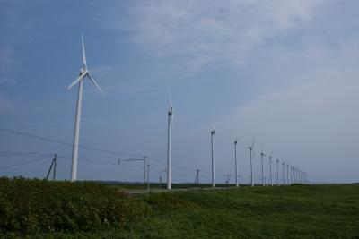 soku_32966.jpg :: オロロンラインの例のアレ 建築 建造物 風車 風力発電
