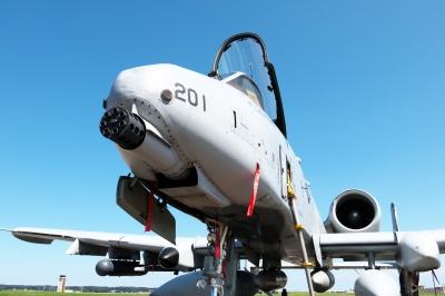 soku_33018.jpg :: 乗り物 交通 航空機 飛行機 軍用機 地上攻撃機 近接航空支援専用機 CAS A.10 航空祭 横田基地